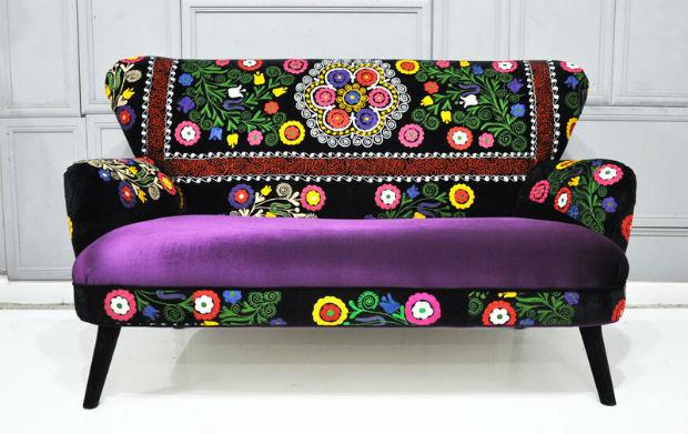 Sofa W Kwiaty Mebel Ktry Moe Oywi Stonowane Wntrze